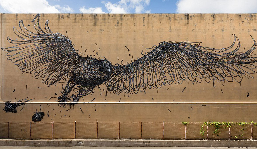 14095578806202 street art DALeast 3 Never seen before street art by Traveling Chinese Artist DALeast