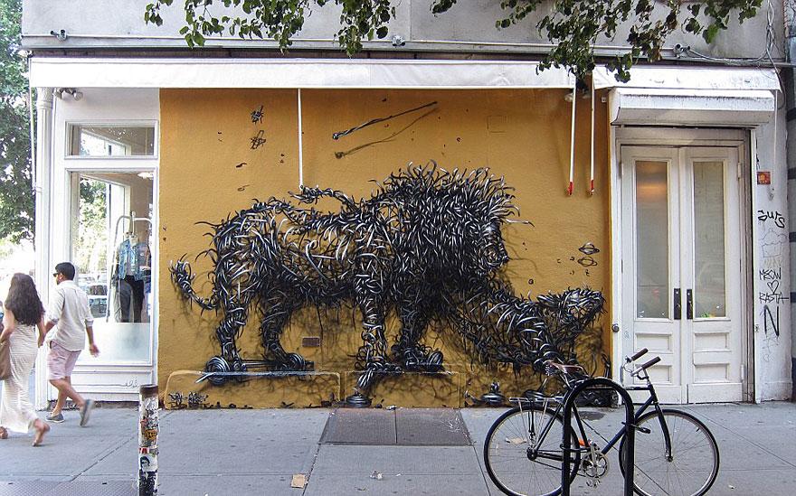 14095579013903 street art DALeast 8 Never seen before street art by Traveling Chinese Artist DALeast