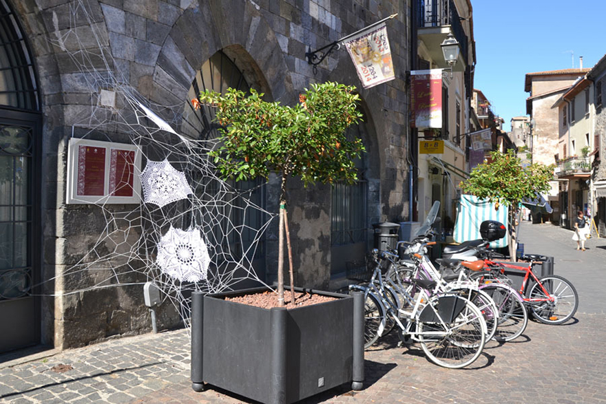 140955917577 crochet lace street art nespoon 4 Intricate Lace design on Poland city streets will leave you spellbound!