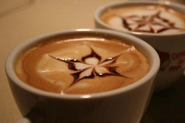 14095592763507 latte art18 These 23 Latte Images are a treat for Coffee Lovers. Warning: DO NOT DRINK!!