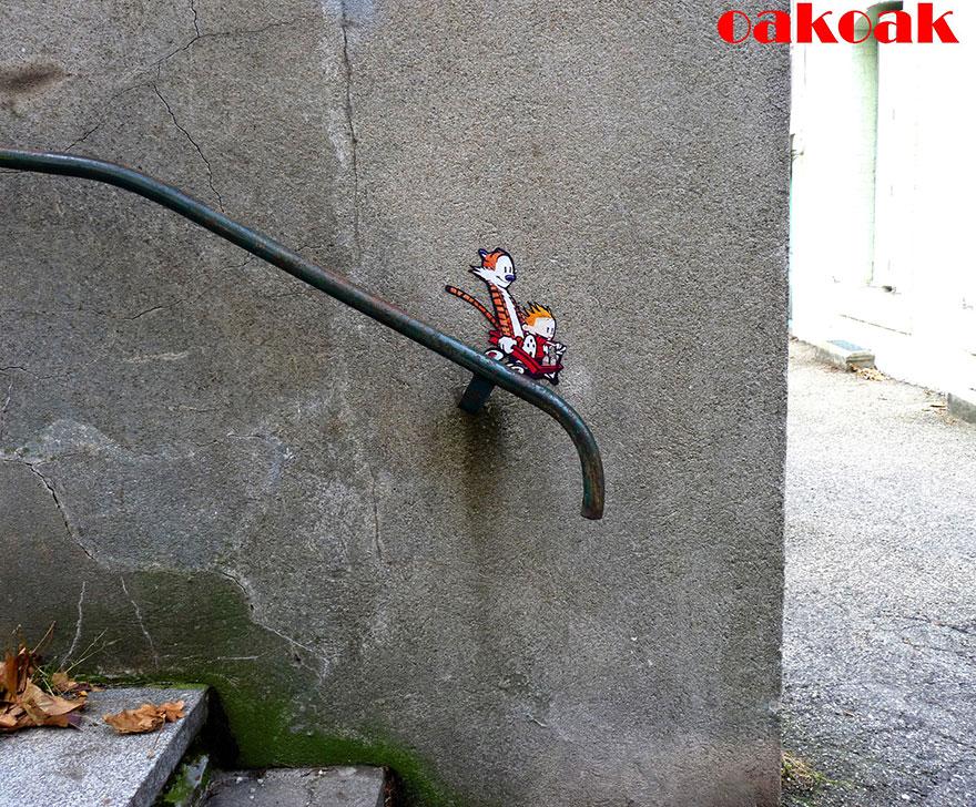 1410058912508 creative street art oakoak 2 37 Fabulous Street Art that will make you AWESTRUCK!