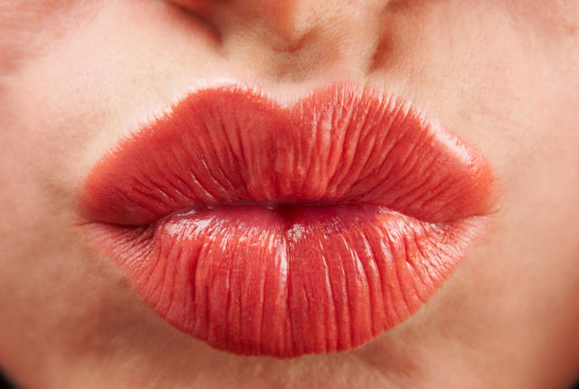 istock 000016931860 small1 Kissing is gross, Heres why