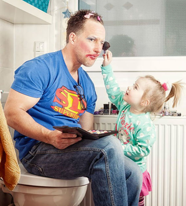 fatherhood youre doing it right 15 guys that get it 1 10 Dads Who Are Doing Fatherhood Correctly